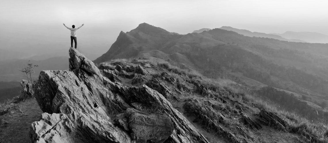 Paysage_escalade_montagne_NB_377080360